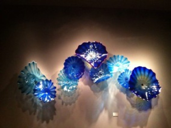 Love me some Chihuly glass!