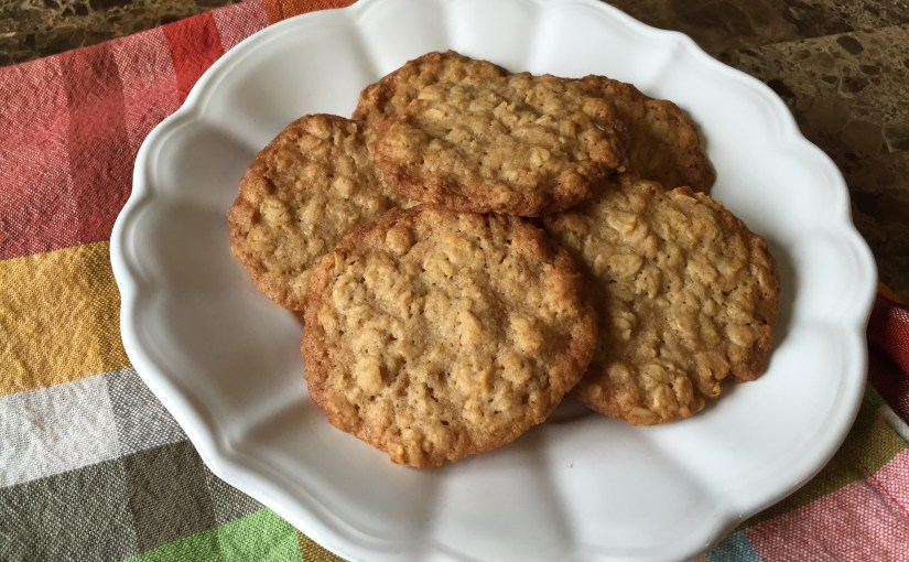 Perfect Crispy Oatmeal Cookies