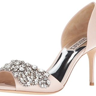 Badgley Mischka Women's Hansen Pump, Light Pink, 7.5 M US