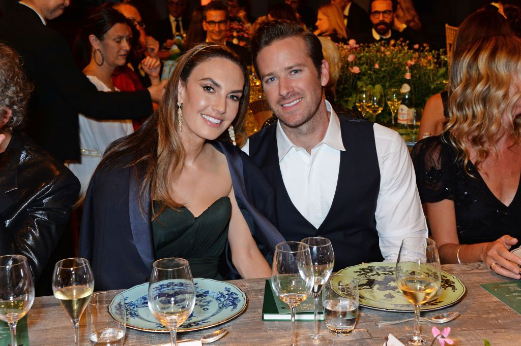 elizabeth chambers and armie hammer attend the green carpet news photo 1594408731