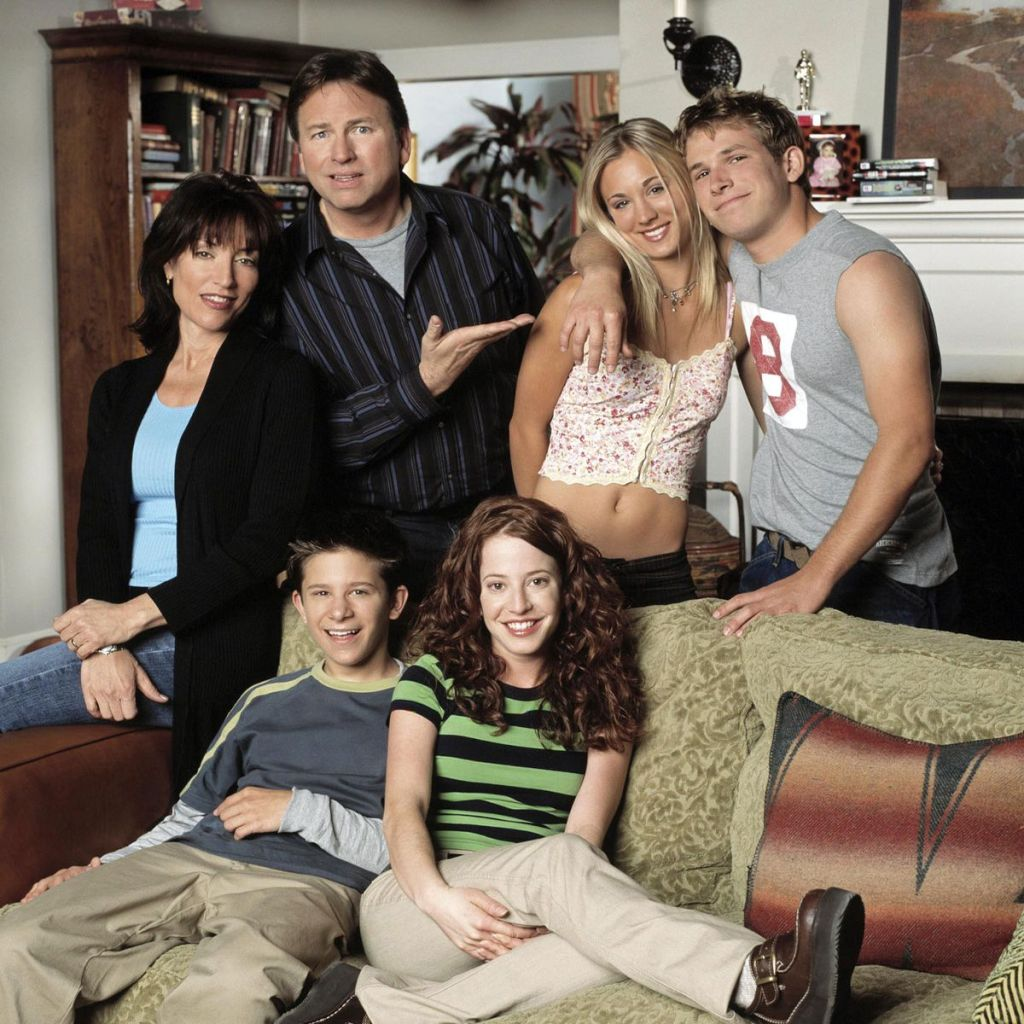 8 Simple Rules cast