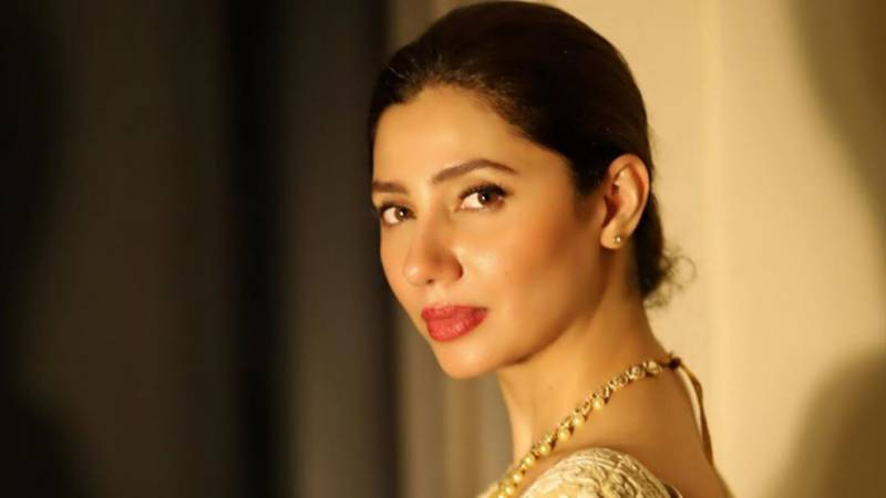 mahira khan takes a break from social media 1588240540 3036