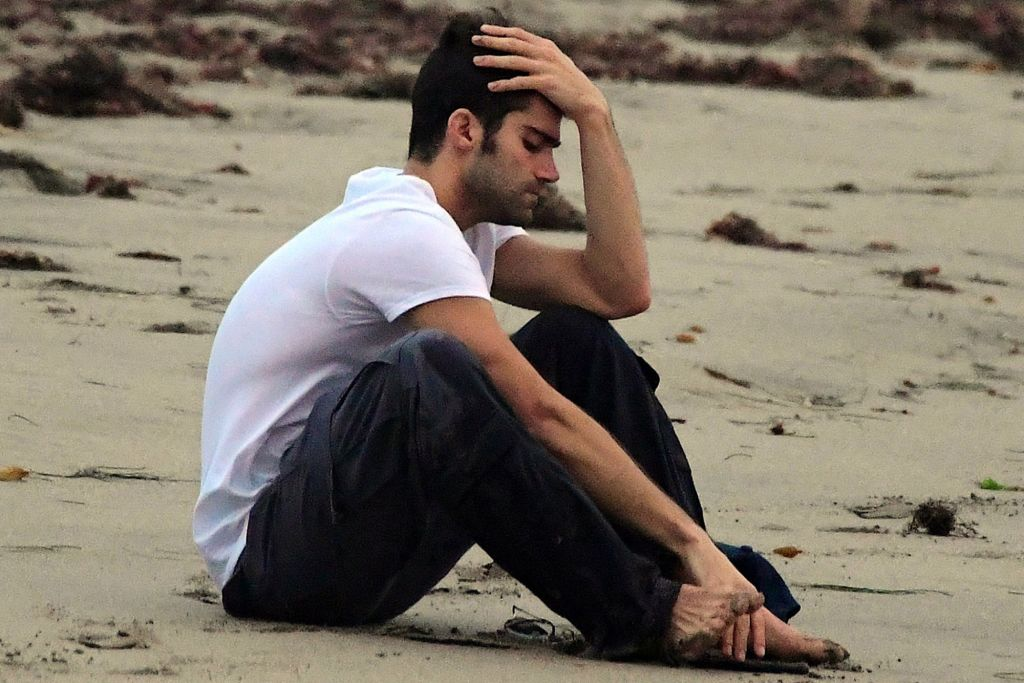 Max Ehrich spotted crying at the Malibu beach were he proposed Demi Lovato
