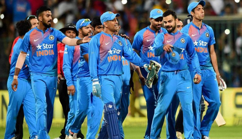 IPL 2021 : Indian players fly out from Manchester to UAE