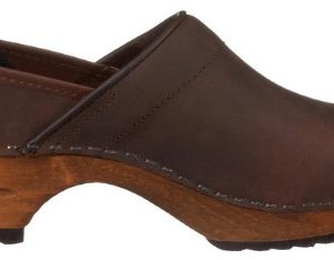 Sanita 'Classic Closed' Clogs in Antique Brown