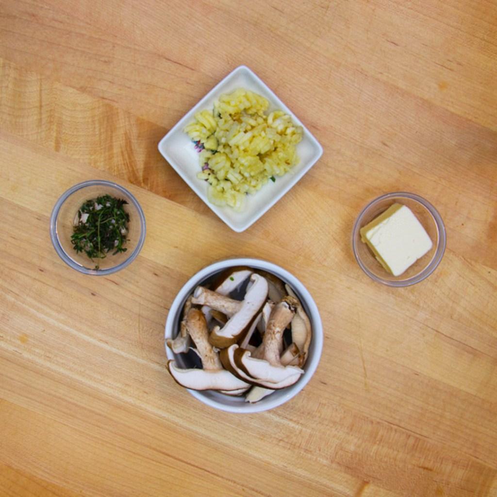 ngredients-for-Shitake-Mushroom-Pizza