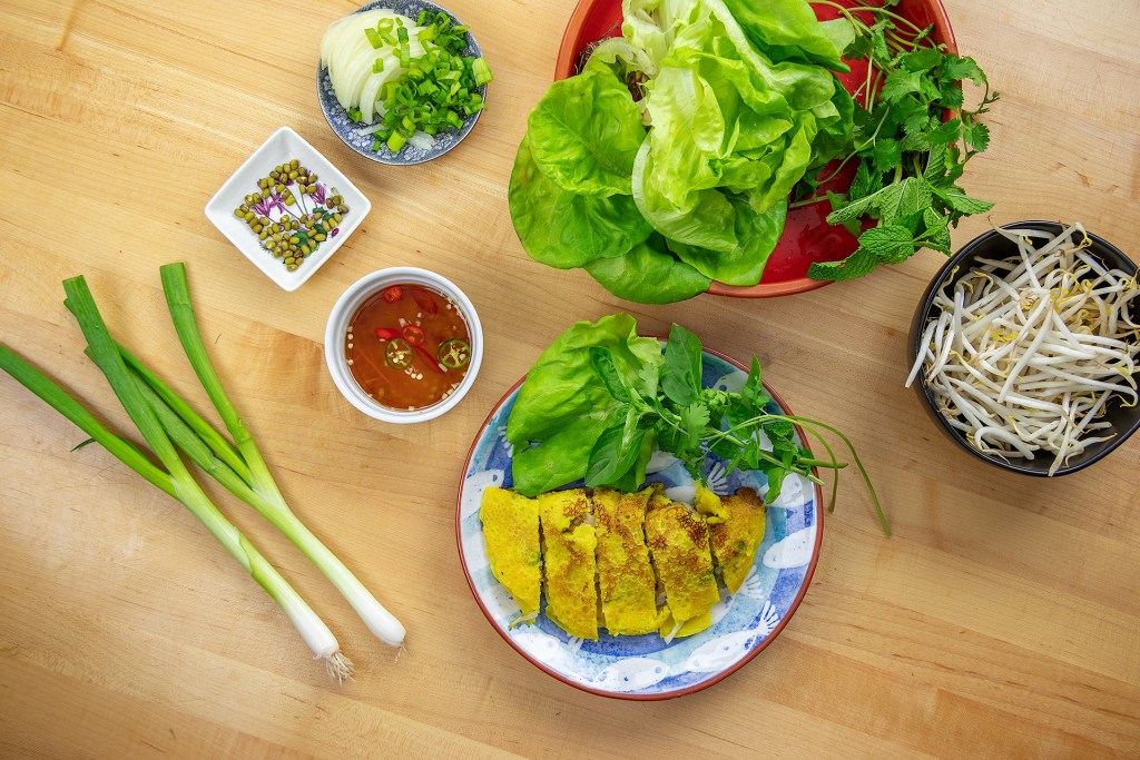 How to Eat Banh Xeo Step One