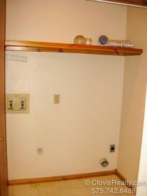 Washer/Dryer Hookups
