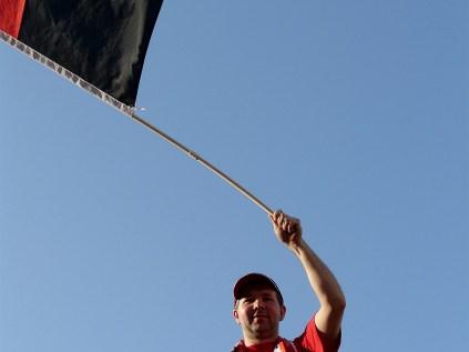King weht die Fahne