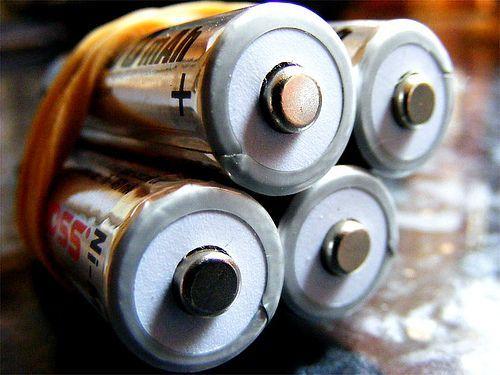 batteries, por scalespeeder