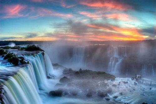 Sunset over Iguazu, por SF Brit