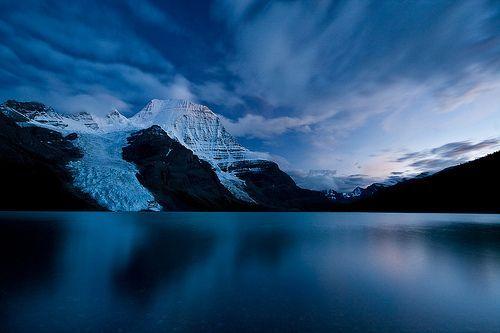 Berg Lake Twilight, por Jeff Pang
