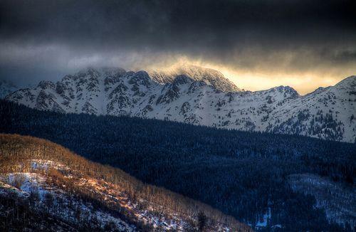Gore Range Sunrise, por Zach Dischner