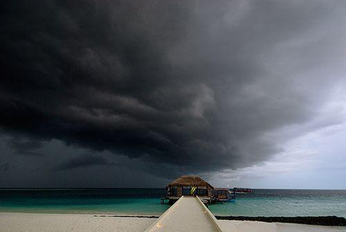 Rain, rain, go away..., por muha..