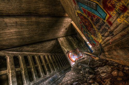 Enter the Underground, por Mikko Luntiala