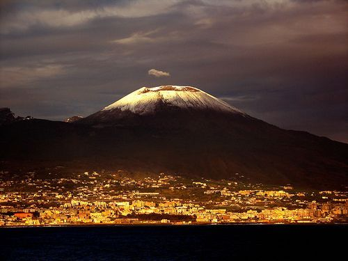 Vesuvius Light, por Tom Wachtel