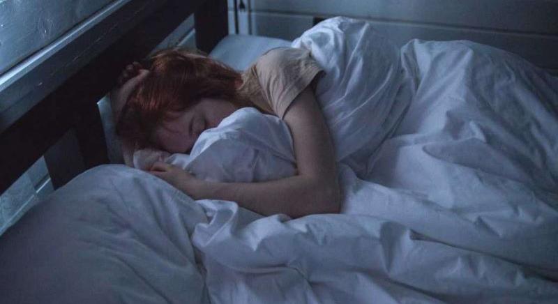 Excès de sommeil : que se passe-t-il lorsqu'on dort trop ?