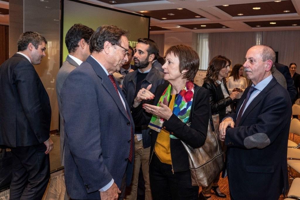Directores de medios de comunicación valencianos analizan los resultados de las elecciones del 28A en el Club de Encuentro 16