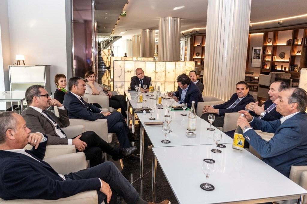 Directores de medios de comunicación valencianos analizan los resultados de las elecciones del 28A en el Club de Encuentro1