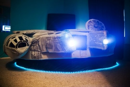 Kayla Kromer's  Millennium Falcon Bed / Photos by Heather Leah Kennedy / Used with permisson