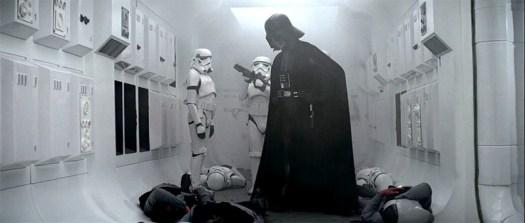 anh-vader-corridor