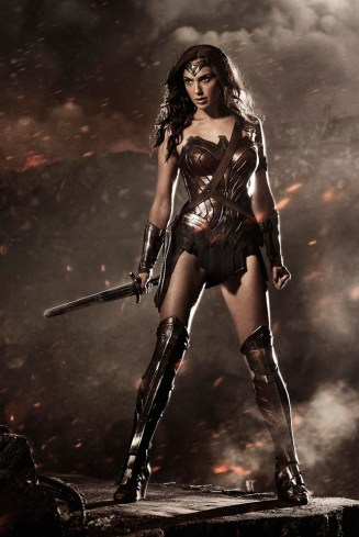 wonder-woman-snyder-crop