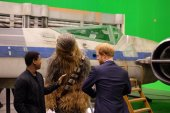 Princes William and Harry visit VIII set
