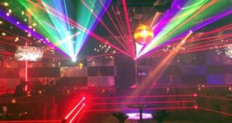 【新宿クラブ】TFC新宿とは、新宿人気のナイトクラブ。深夜~早朝特化型のクラブ。アフター箱に超特化したクラブです。DJイベントやダンサーによるパフォーマンスを楽しめるエンターテイメントスペースです。