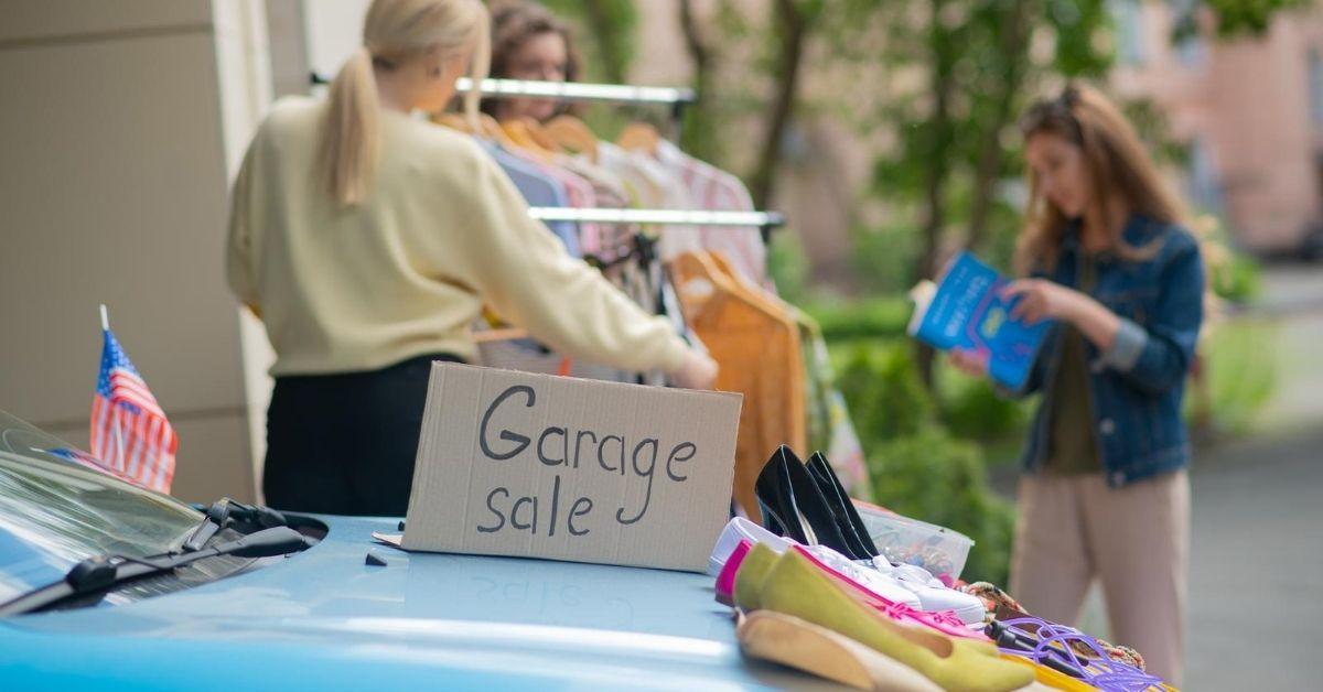 My $508 Garage Sale - picture of garage sale
