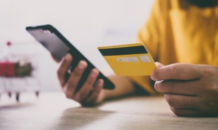 Does Pursuing Credit Card Rewards Hurt Your Credit Score?