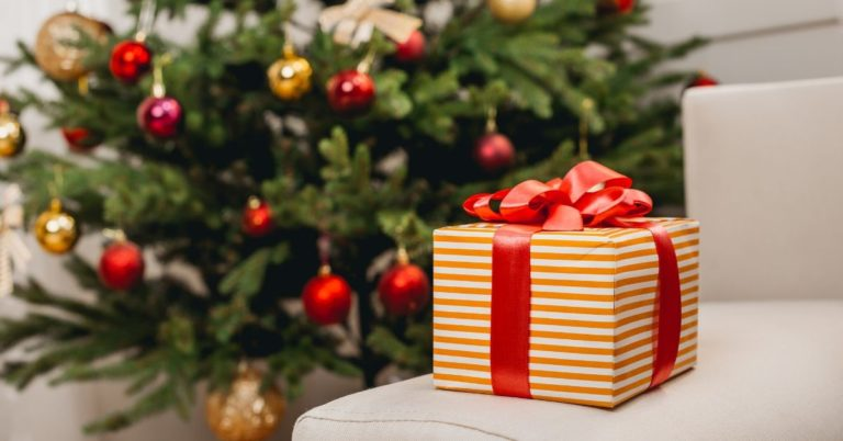 Who Sabotages Your Christmas Budget?