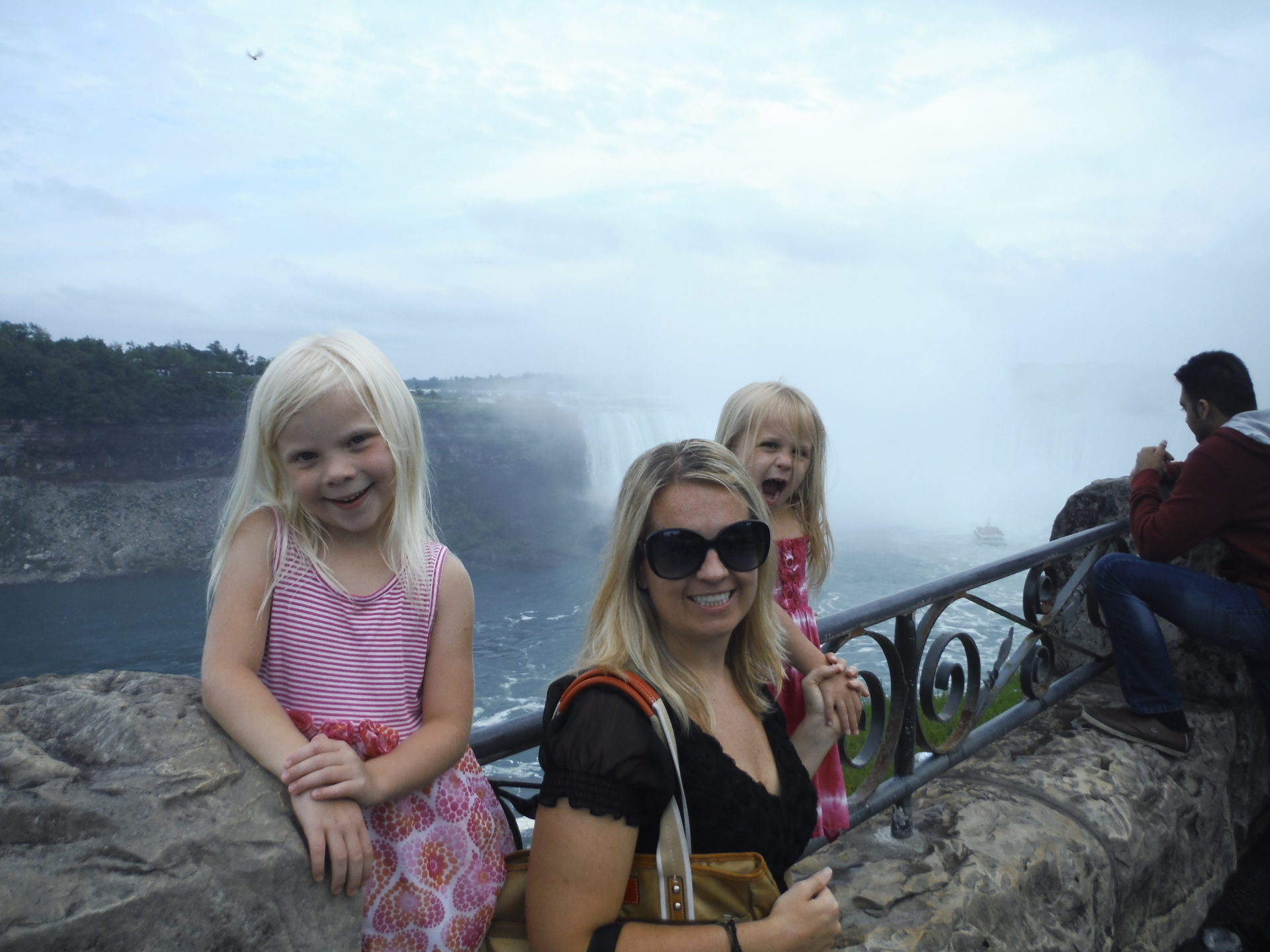 Here's my trying to keep my children from falling to their deaths..... (I like Niagara Falls much better from a distance....)