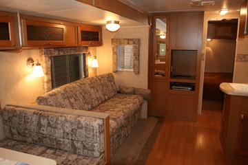 rv-furniture-dinette-sofa
