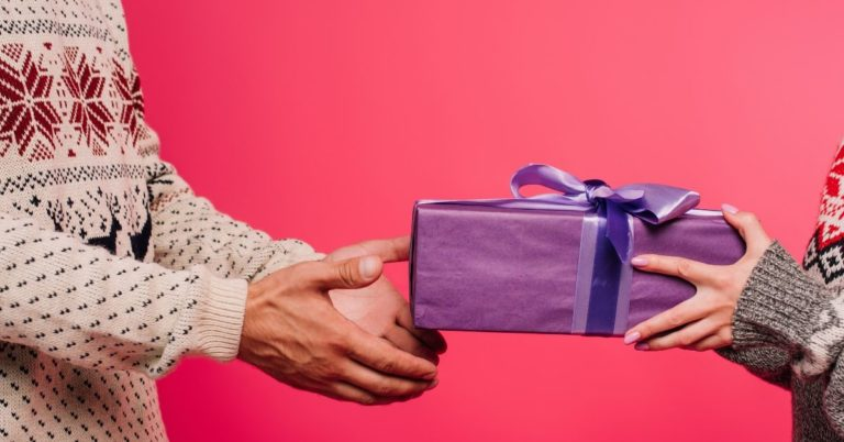 Holiday Gift Ideas for the Geeks You Love