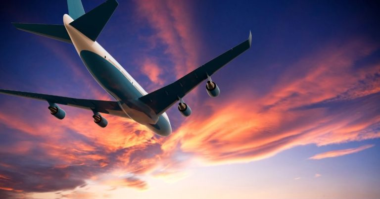 How to Fly for Free and Save Money On Travel
