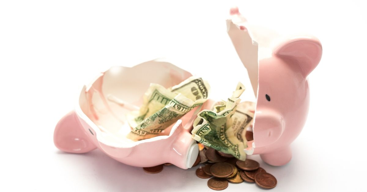 How to Recover from Financial Mistakes - picture of broken piggy bank