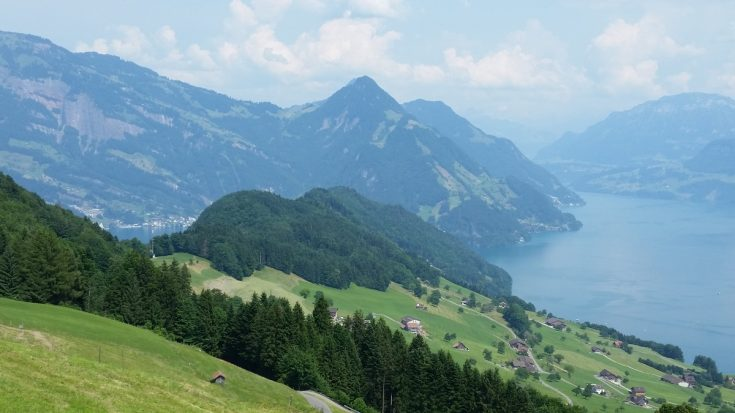 Are you going to Switzerland? You need to see it to believe it. Here are 22 photos of Switzerland, proving why I consider it to be heaven on Earth!