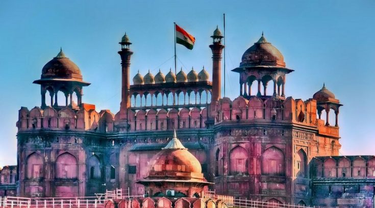 Cheapest countries to visit - image of building in Delhi, India