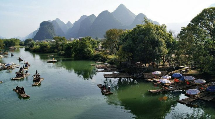 cheap places to travel - image of bay in Guilin, China