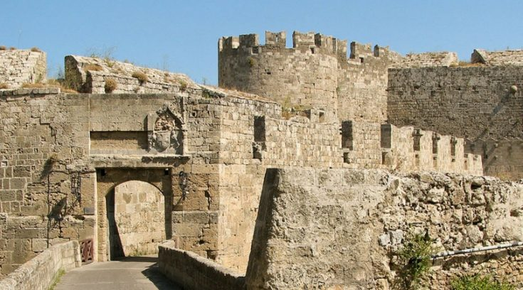 image of ancient ruins in Rhodes