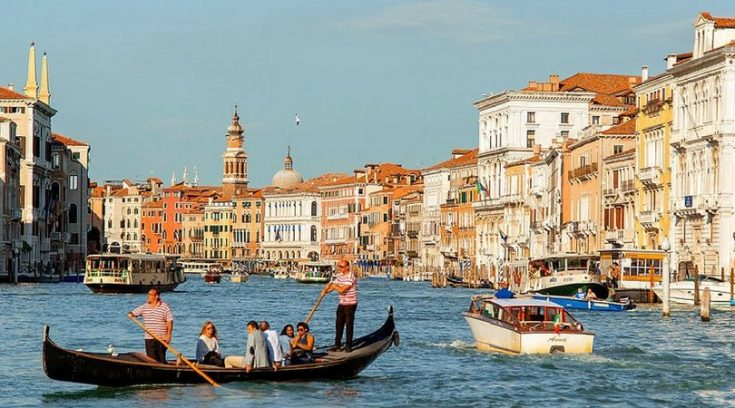 image of grand canal in Venice, Italy