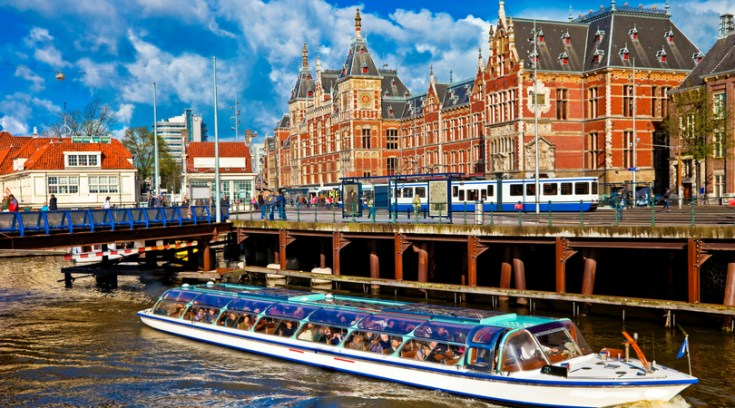 Do you have dreams of traveling to Europe but can't stomach the price? Here are tips for saving money in 9 notoriously expensive European cities. Enjoy!
