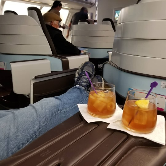 Hawaiian Air First Class review - A330 legroom
