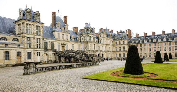 5 Paris Attractions Not to Miss - picture of Chateau Fontainebleau