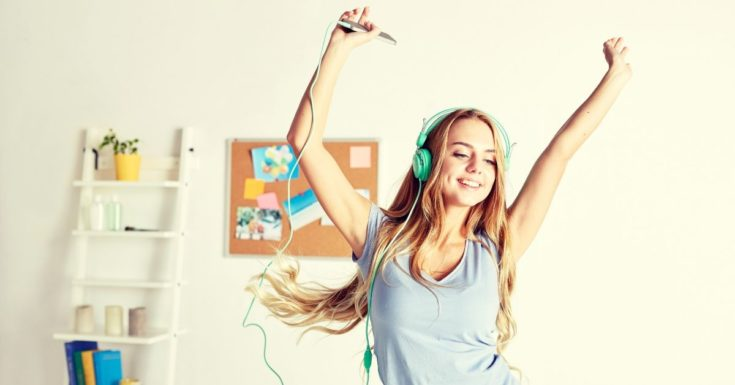 Online Jobs for Teens - picture of teenage girl dancing to music