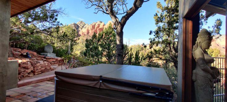 Sedona Airbnb hot tub