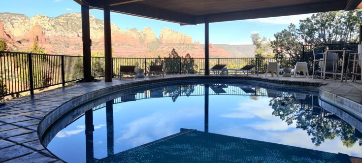 Sedona Airbnb - view of pool