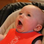 Reflexul de gag la bebeluși | Cum deosebim gag-ul de înec?
