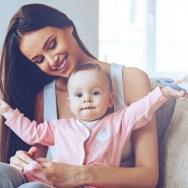 Modul în care îi vorbești copilului îi remodelează creierul si îi dezvoltă abilitățile de comunicare de care are nevoie