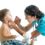 Roşul în gât la bebeluşi şi copii